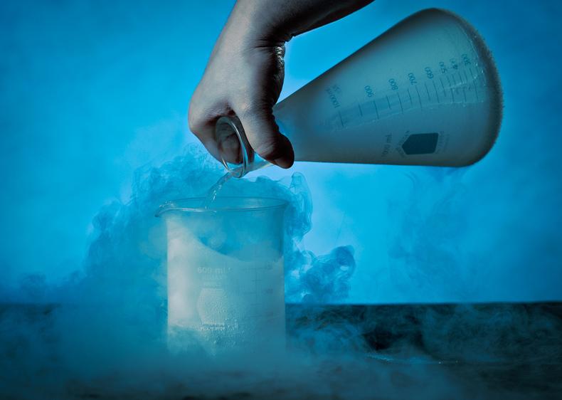 beaker pouring