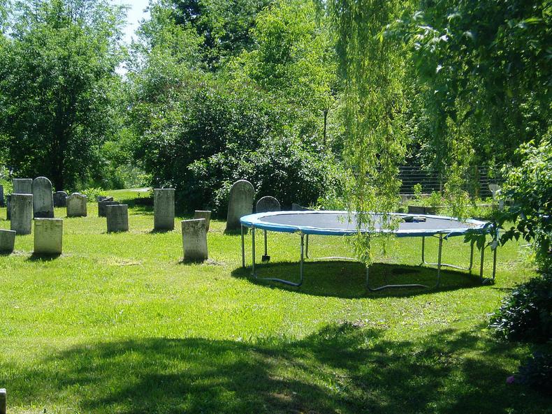 Grave Trampoline