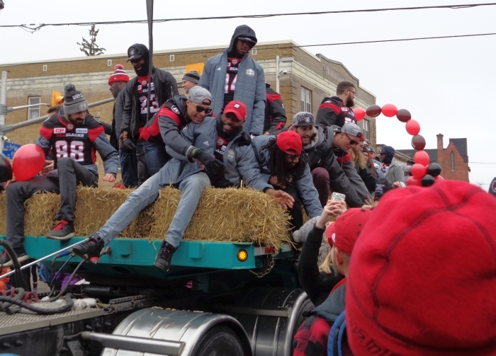 Ottawa Redblacks parade on Bank Street