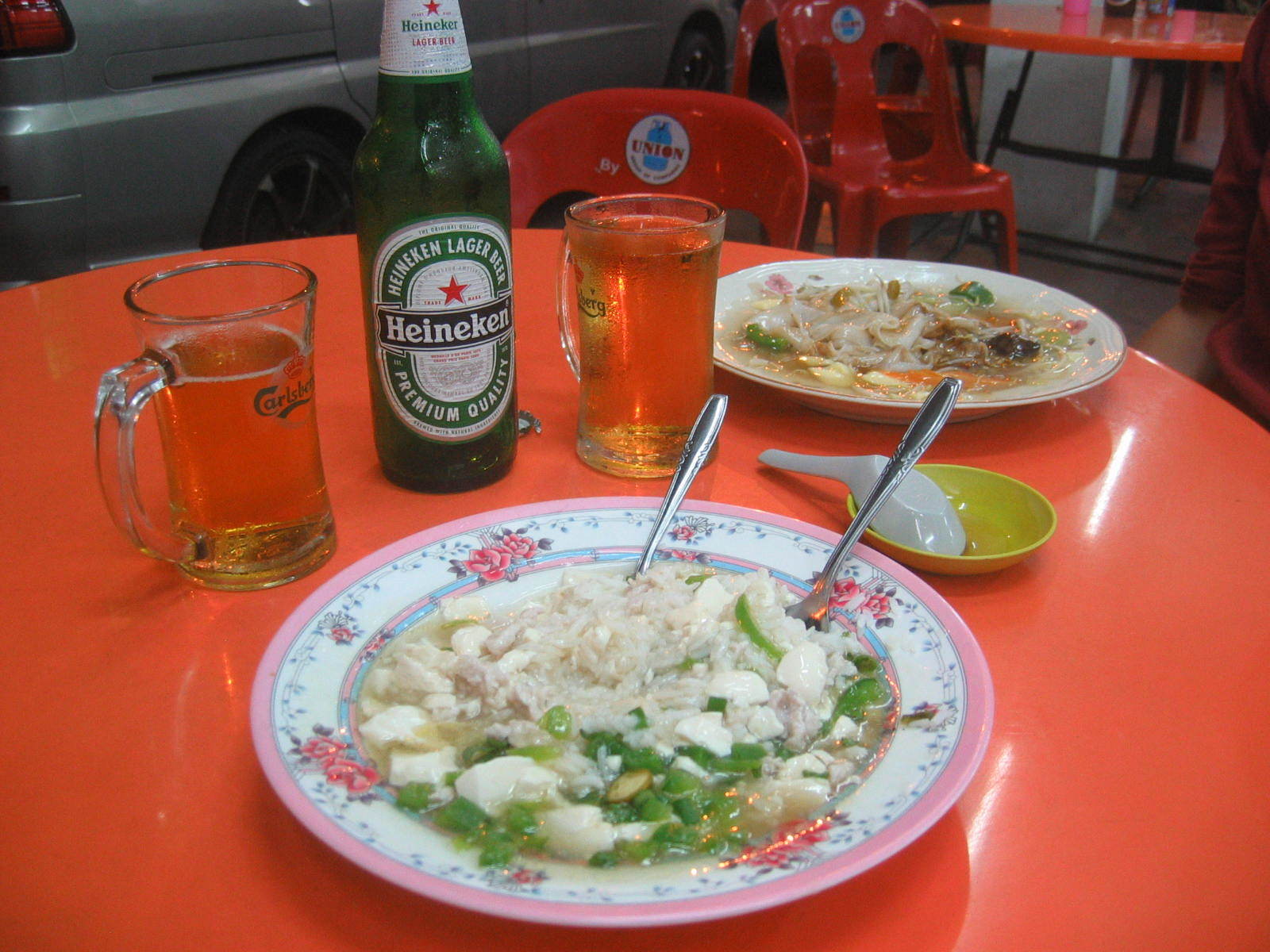 Chinese food with beers