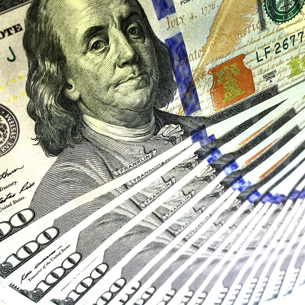 1024px-100_u.s._dollars_-_money_-_free_for_commercial_use_-_ffcu_(26742846243)_large