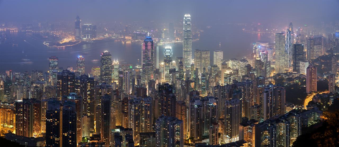 Hong_kong_skyline_restitch_-_dec_2007%20(1)_large
